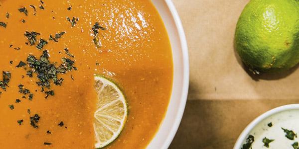 Leckere Ofenkartoffeln, frische Salate und hausgemachte Suppen!