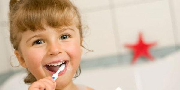 Zahnarzt für Kieferorthopädie Dr. med. dent. Ulrich Spohr